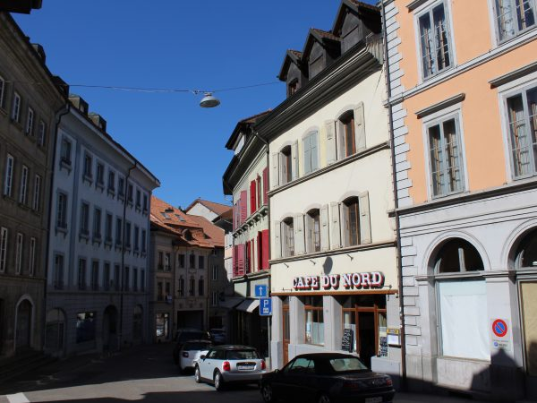 Moudon, rare à la vente : Café et appartements